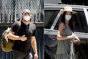 Bạn gái kém 23 tuổi ra mắt mẹ của Leonardo Dicaprio