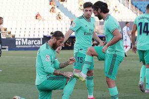 Real, Atletico cùng hòa, Sociedad may mắn dự Europa League