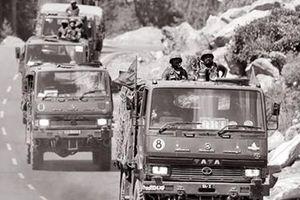 Trung Quốc - Ấn Độ: Phía sau những họng súng