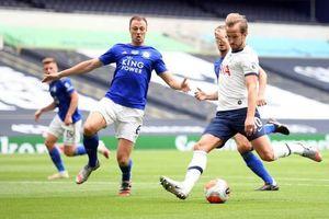 Leicester thảm bại trước Tottenham, MU hưởng lợi ở cuộc đua top 4