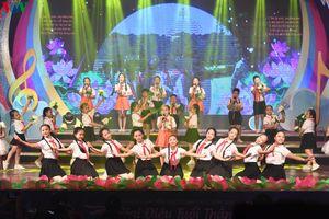 Tưng bừng đêm Công diễn và Trao giải Liên hoan Giai điệu Sơn ca 2020