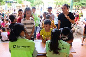 GNI trào quà cho hơn 1.000 trẻ em tại Hòa Bình