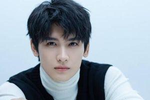 'Đạo mộ bút ký Trùng khởi': 'Trương Khởi Linh' Hoàng Tuấn Tiệp bỏ 'bùa yêu' khán giả