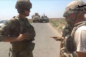 Video lính Nga chất vấn binh sĩ Mỹ sau cuộc rượt đuổi