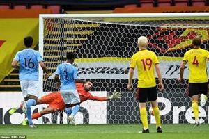 Aston Villa đẩy Watford rơi vào nhóm có nguy cơ xuống hạng