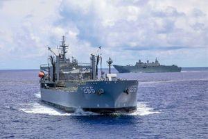 Tàu chiến Australia chạm trán hải quân Trung Quốc trên Biển Đông