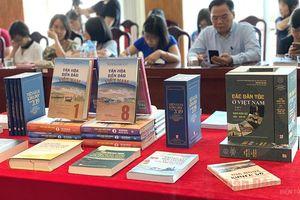 Một số ấn phẩm tiêu biểu về văn hóa, biển đảo mới phát hành
