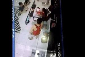 Vụ hành hung nữ nhân viên bể bơi: Ông Chung không thừa nhận tự xưng là công an