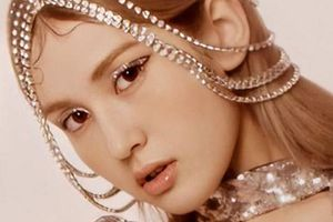 Bóc giá trang phục sang chảnh của bông hồng lai Jeon Somi trong 'What You Waiting For'