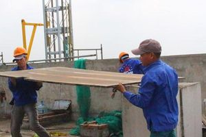 Hà Nội: Chuẩn bị cắt mái tầng 18, công trình xây dựng tại số 8B Lê Trực