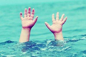 Hưng Yên: Học sinh lớp 8 đuối nước thương tâm ngay tại bể bơi