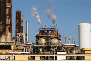 Giá dầu châu Á đi ngang trong phiên cuối tuần