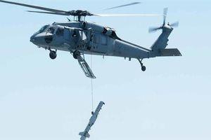 Trực thăng Hải quân Mỹ đánh rơi thiết bị chống thủy lôi