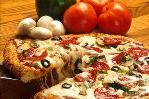 Thực phẩm không cho trẻ ăn vào buổi tối dễ sâu răng, tăng cân ảnh hưởng sức khỏe