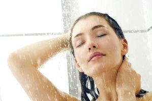 Tắm nước lạnh có lợi hơn cả thực hiện các bài tập, cực kì có lợi cho não bộ nhưng tắm thế nào mới phù hợp?