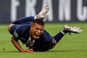 PSG mất Mbappe tại Champions League vì pha bóng triệt hạ