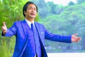 Đại tá, nhạc sĩ, NSƯT Minh Quang: Người hai trong một