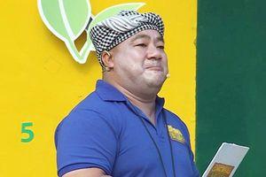 Diễn viên 'Bỗng dưng muốn khóc' bị chê vì lỗi make-up khi dẫn gameshow