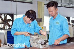 Bài toán nhân lực cho sân bay Long Thành
