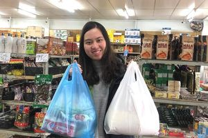 VISA trao 160 phần quà hỗ trợ sinh viên Việt Nam tại Australia