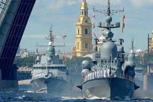 Cận cảnh dàn vũ khí 'cực khủng' của Hải quân Nga