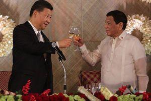 Ông Duterte 'nhắc nhở' ông Tập việc ưu tiên vaccine COVID-19