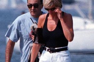 Điều ít biết về bức ảnh 'nhạy cảm' trị giá 29 tỷ đồng của Công nương Diana cùng bạn trai, đây cũng là điềm báo gây ra vụ tai nạn thảm khốc