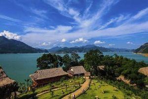 Đầu tư cho hồ Hòa Bình xứng tầm khu du lịch quốc gia