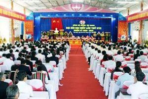 Phó Bí thư Huyện ủy rớt Ban Chấp hành tại Đại hội