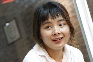 Cô sinh viên Dao nhận học bổng 50.000 USD