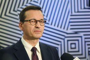 Chính phủ Ba Lan xem xét đưa ra các biện pháp mạnh để ngăn chặn Covid-19