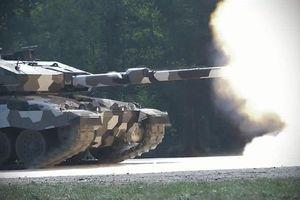 Sức mạnh khủng khiếp tăng Đức khi mang trọng pháo 130mm
