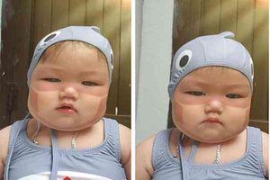 Cháy nắng vì đeo khẩu trang, em bé Hàn Quốc bống nổi tiếng MXH