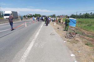 Tài xế xe máy tháo chạy sau khi tông chết nạn nhân