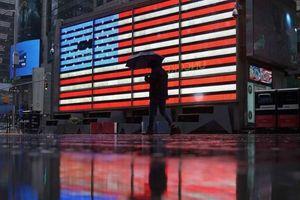 Kinh tế Mỹ lao dốc kỷ lục trong quý II/2020