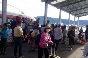 Cơn bão số 2: Tàu, phà chở khách ở Kiên Giang tạm ngưng hoạt động