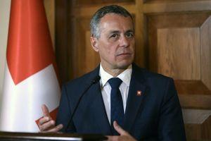 Đến lượt quốc gia trung lập Thụy Sĩ cảnh báo Bắc Kinh