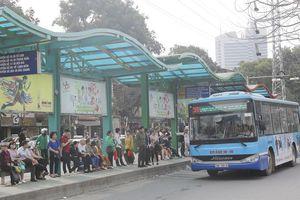 Hà Nội: Doanh nghiệp vận tải 'ngồi trên đống lửa'