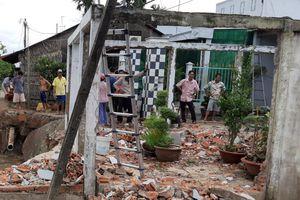 Thiệt hại gần 80 căn nhà do bão số 2