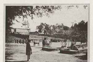Ảnh để đời về lăng mộ vua triều Nguyễn ở Huế 100 năm trước