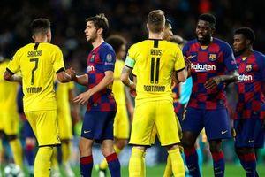 Bóng đá hôm nay 3/8: Barca gặp khó tại Champion League; Sao Man Utd tăng giá chóng mặt