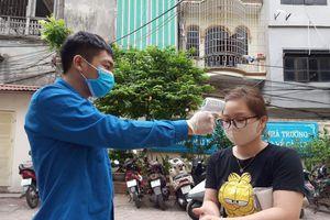Thanh niên tình nguyện Thủ đô 'chia lửa' chống dịch