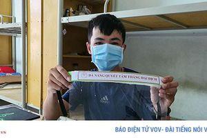 2.000 sinh viên ở lại ký túc xá, ăn mỳ qua ngày giữa tâm dịch Covid-19