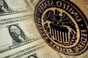Fed cho cả thế giới vay tiền, đồng USD ngạo nghễ giữ ngôi vương