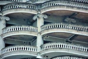 Sự thật bất ngờ về tòa tháp 'ma' bỏ hoang giữa lòng Bangkok