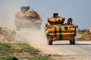 SOHR: Thổ Nhĩ Kỳ đưa 30 xe quân sự vào miền Bắc Syria