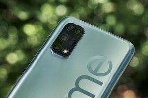 Cận cảnh smartphone 5G rẻ nhất thế giới