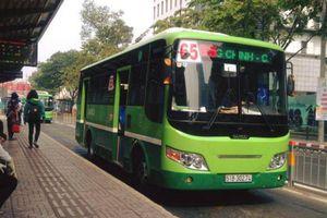 Nhắc nhở khách tắt nhạc, tiếp viên xe buýt bị hành hung