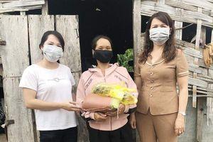 Phụ nữ Đắk Lắk hỗ trợ phụ nữ nghèo chống đại dịch 'kép' Covid-19 và bạch hầu