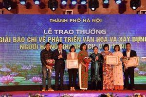 Dự kiến trao thưởng 2 giải báo chí về xây dựng Đảng, người Hà Nội vào tháng 10/2020